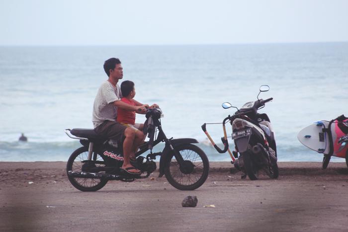 12 Gründe warum man Scooter-fahren in Indonesien einfach lieben muss. So richtig.