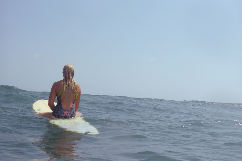SIMH surfer girl back