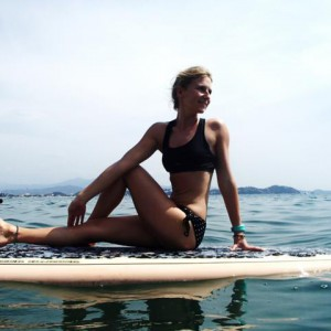 SUP YOGA Paddle Board Yoga