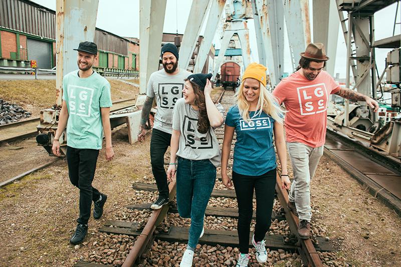 SIMH_LGS clothing