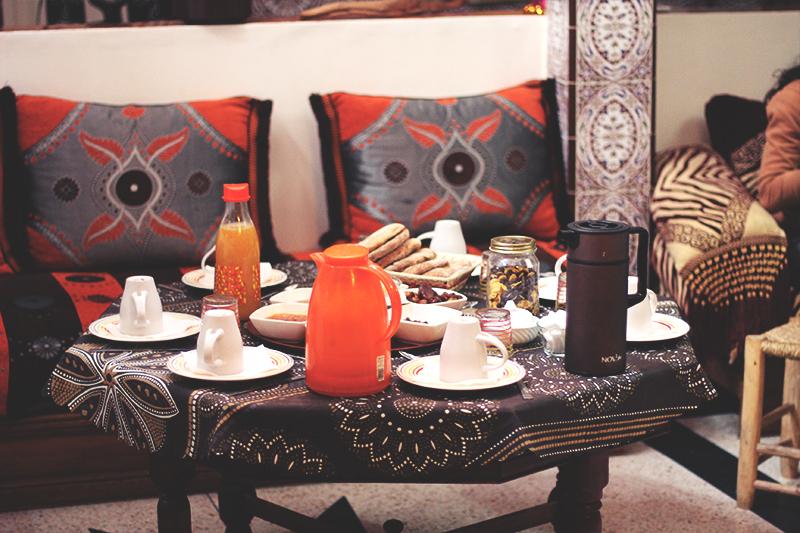 SIMH_breakfast free surf maroc camp