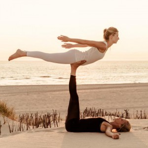 acro yoga reasons