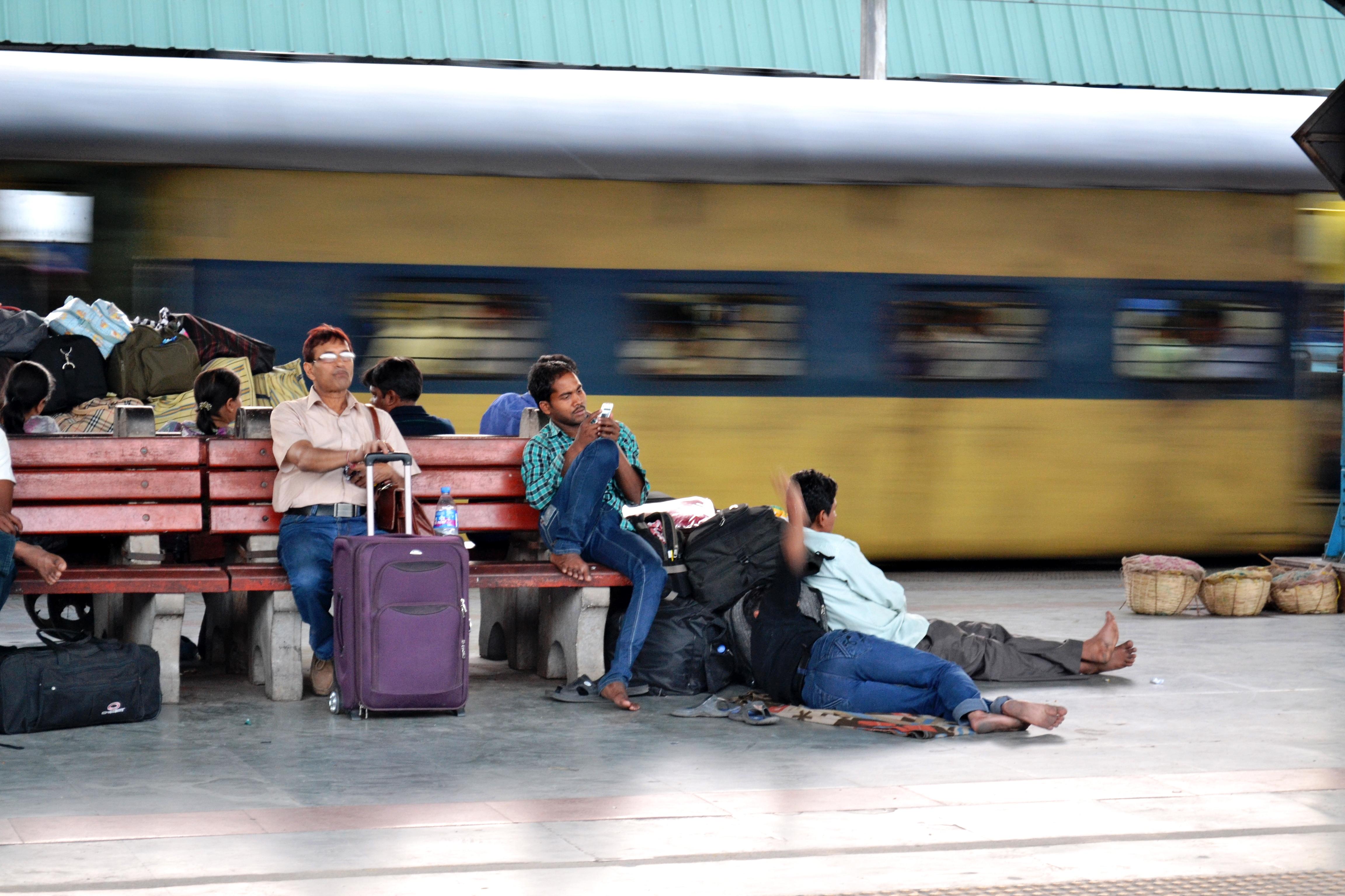 Mit dem Zug durch Indien, zwischen Romantik und Geduldsprobe.