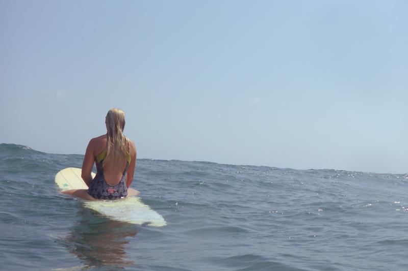 SIMH surfer girl back