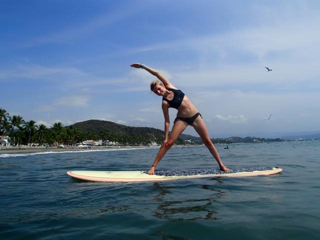 SUP YOGA Paddle Board Yoga