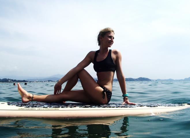 12 reasons why you should try SUP Yoga