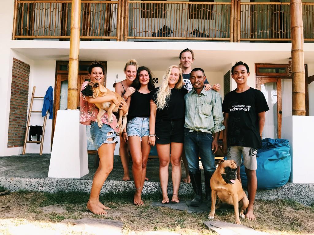 Das Batu Bambu Team und wir